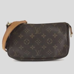 Preowned Louis Vuitton Accessory Pochette Monogram